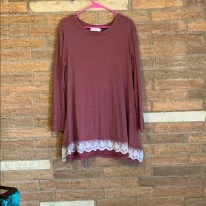 Tops - Rose&Lace Tunic